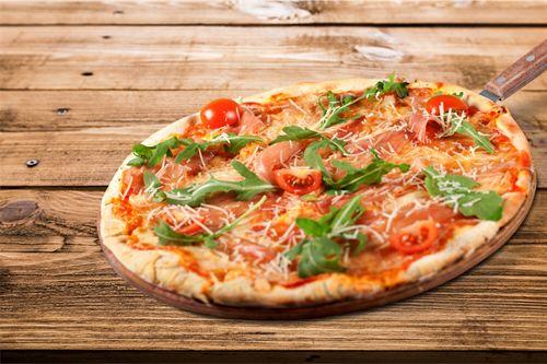 Feiern Sie bei uns und genießen Sie leckere Pizzen